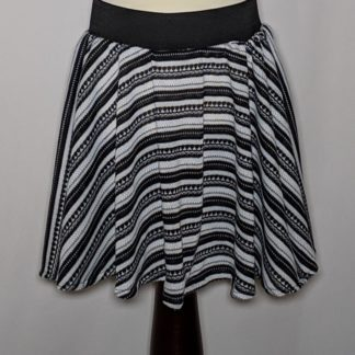 Black and white knit girl's skirt