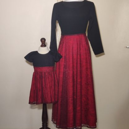 Black and red lace dress set